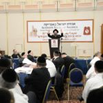 YK15 Day 3 Rav Avrohom Diernfeld with partial crowd